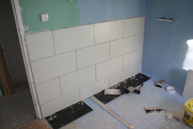 Villador een huis in frankrijk augustus 2010 - Muur tegel installatie ...